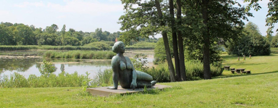 Statue am See Schleswig